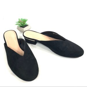 Ann Taylor black suede mules size 8